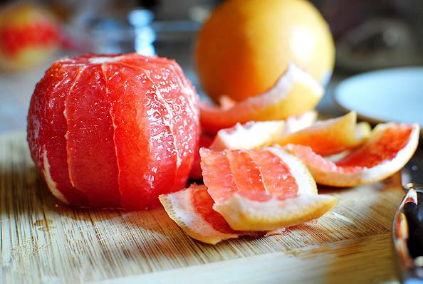 7 Weight Loss Benefits of Grapefruit
