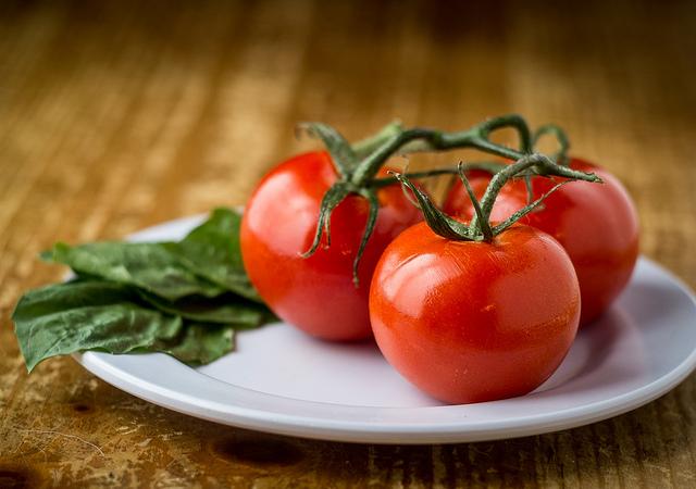 Phase 2 HCG Diet Recipes - Basil Tomato Chicken